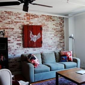 кирпичная стена в гостиной идеи декор