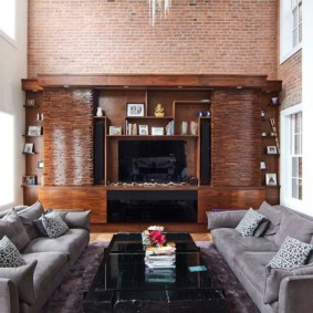 кирпичная стена в гостиной идеи интерьера