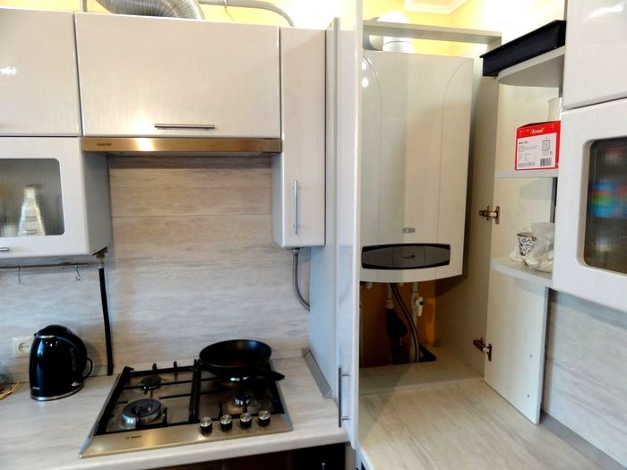 Кухонный гарнитур с местом для установки газового котла