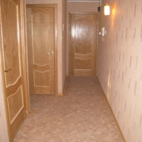 коридор с линолеумом дизайн фото