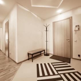 коридор с линолеумом фото
