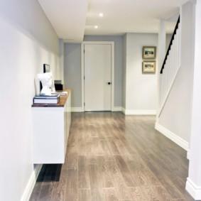 коридор с линолеумом фото дизайна