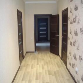 коридор с линолеумом идеи фото