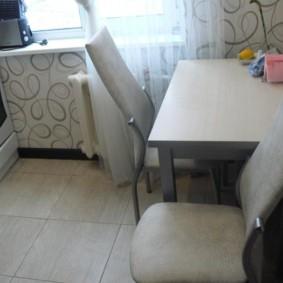 Кухонные стулья с мягкими спинками