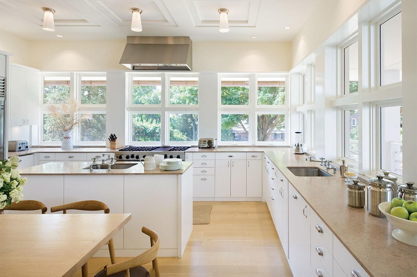кухня без верхних шкафов светлая