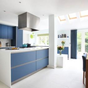 кухня до потолка фото
