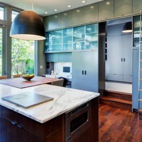 кухня до потолка идеи интерьер