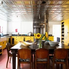 кухня до потолка идеи оформления