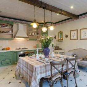 кухня до потолка варианты