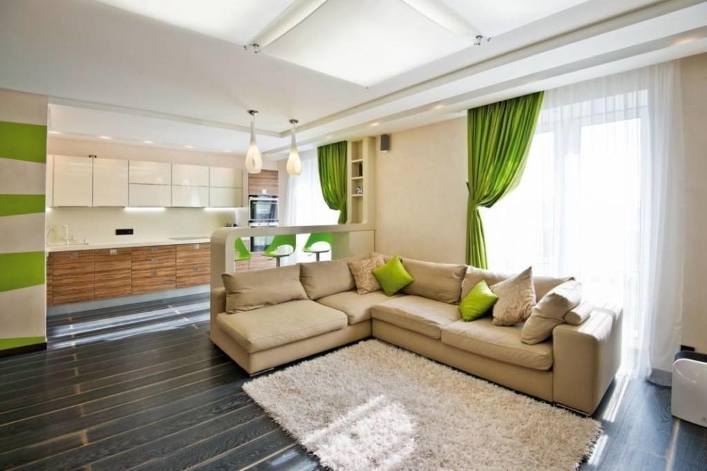 Зеленый занавески на окнах кухни-гостиной в эко стиле