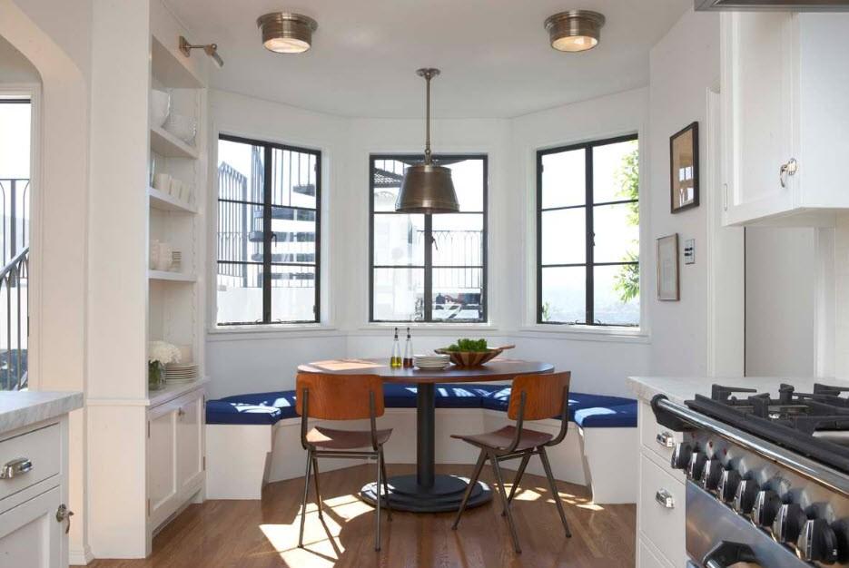 кухня с эркером идеи фото