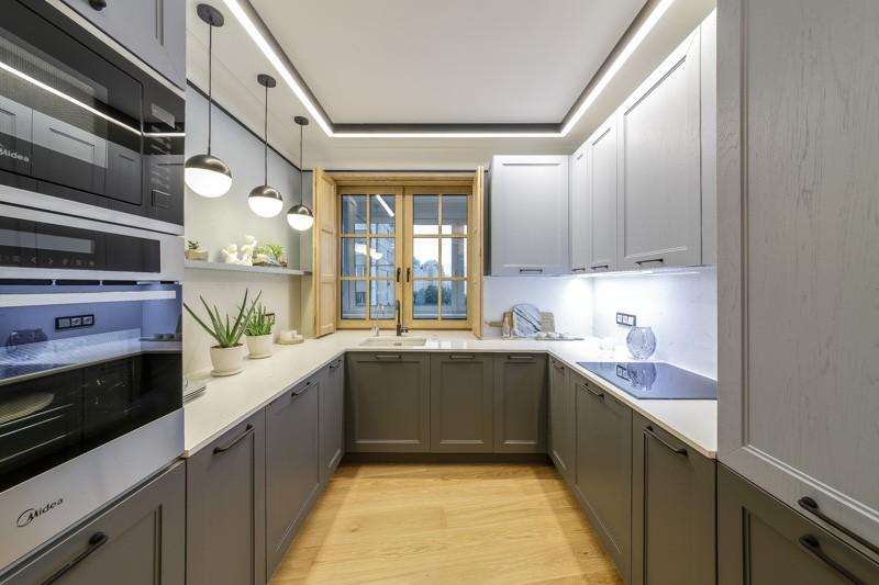 П-образная кухня площадью около 12 кв м