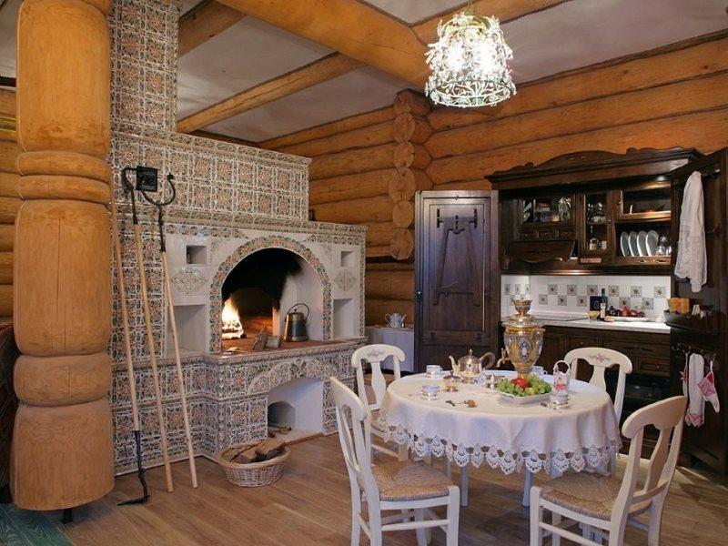 Отделка печи изразцами в русской кухне