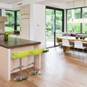 кухня с эркером идеи варианты