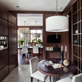 кухня с круглым столом фото интерьер