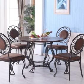 кухня с круглым столом фото оформления
