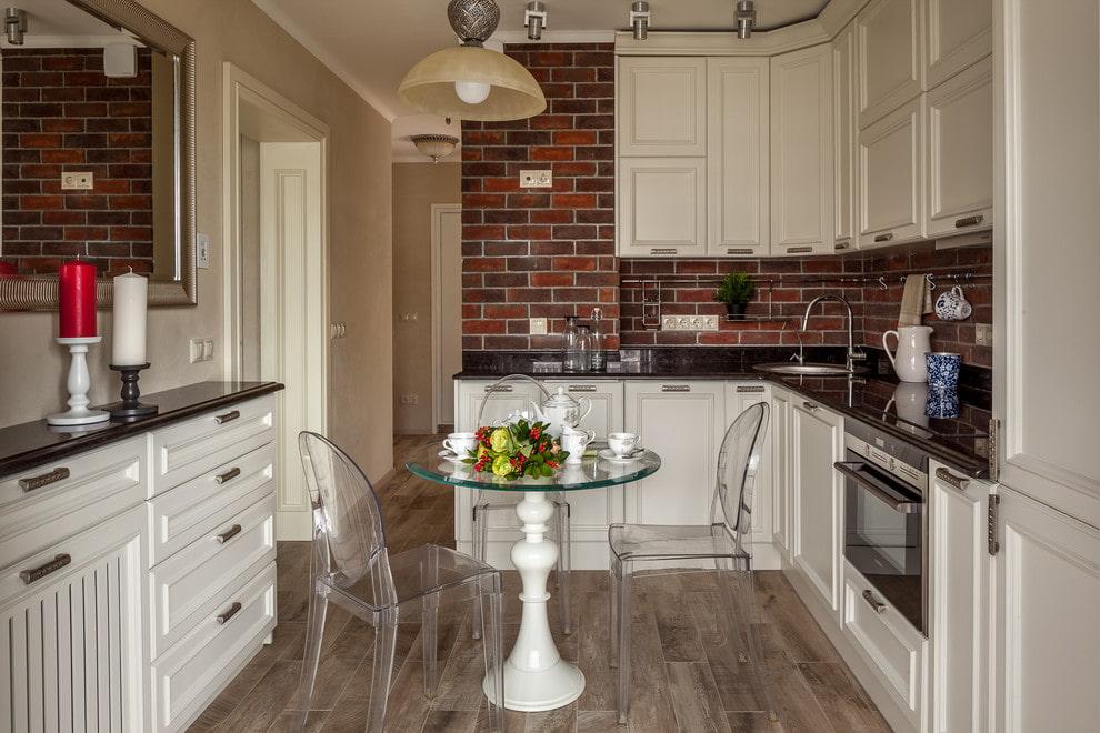 кухня с круглым столом интерьер