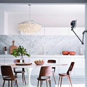 кухня с круглым столом виды фото
