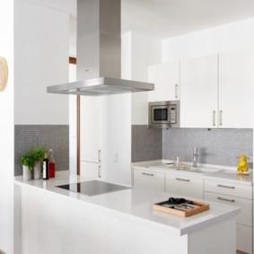 кухня с вентиляционным коробом скандинавский стиль