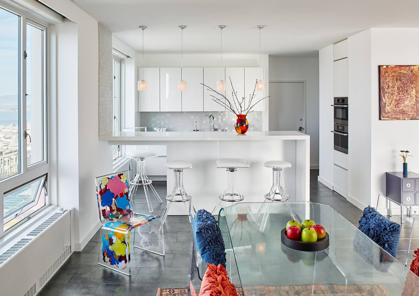 кухня студия в квартире фото декор