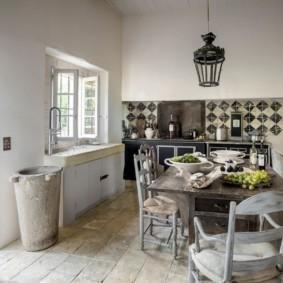 кухня в загородном доме варианты идеи
