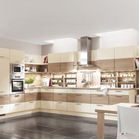 кухонный гарнитур в цвете ваниль и крем-брюле декор идеи