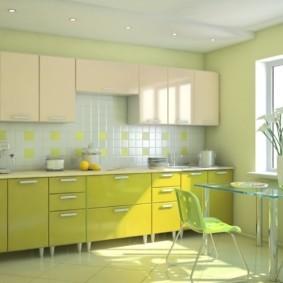 кухонный гарнитур в цвете ваниль и крем-брюле фото дизайна