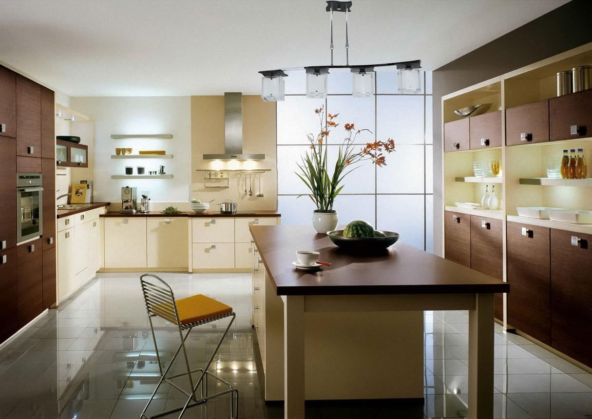 кухонный гарнитур в цвете ваниль и крем-брюле фото декора