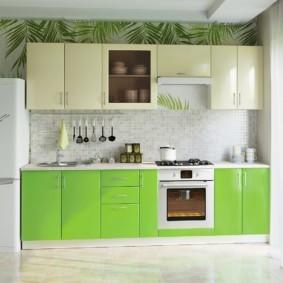 кухонный гарнитур в цвете ваниль и крем-брюле фото интерьер