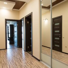 линолеум в квартире под ламинат