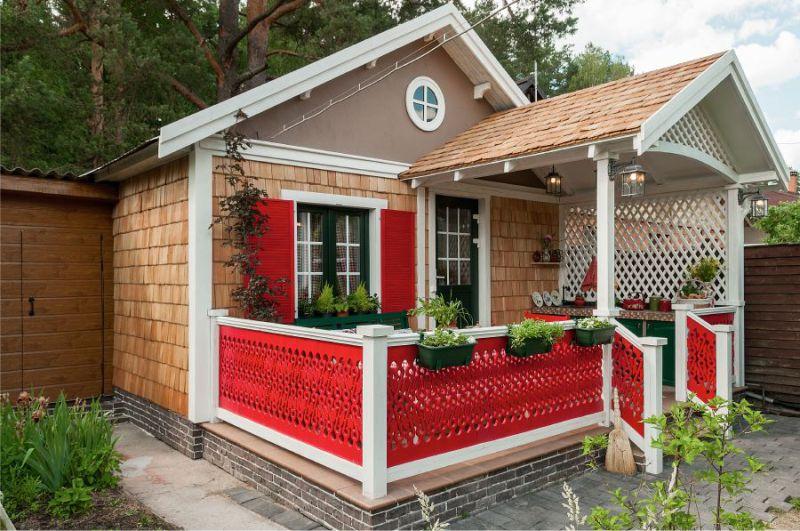 Летняя кухня эконом-класса на открытой террасе