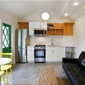 маленькая кухня с кухонным столом дизайн идеи