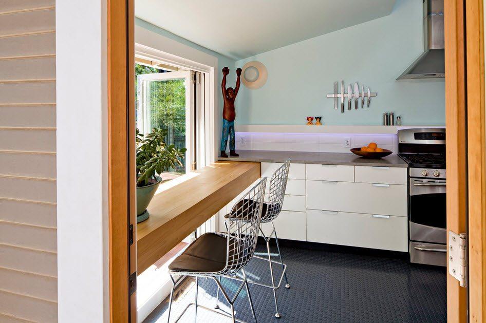маленькая кухня с кухонным столом фото оформления