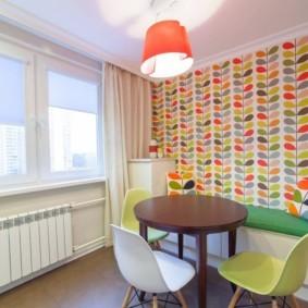 маленькая кухня с кухонным столом идеи дизайна