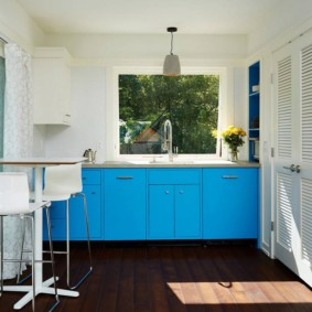 маленькая кухня с кухонным столом идеи интерьера