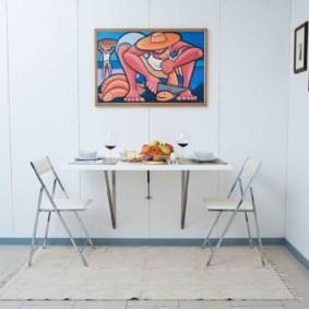 маленькая кухня с кухонным столом варианты