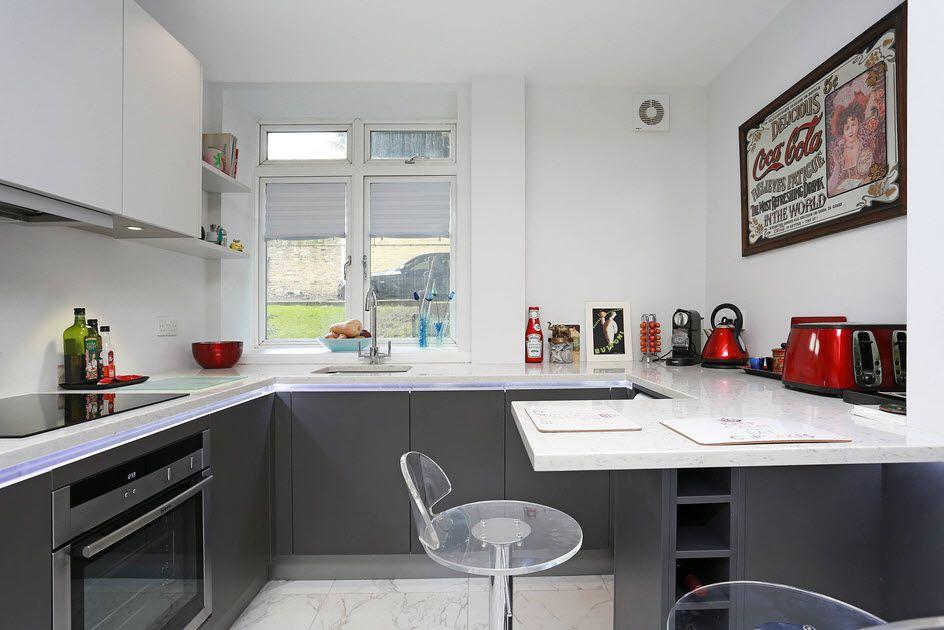 маленькая кухня с кухонным столом виды фото