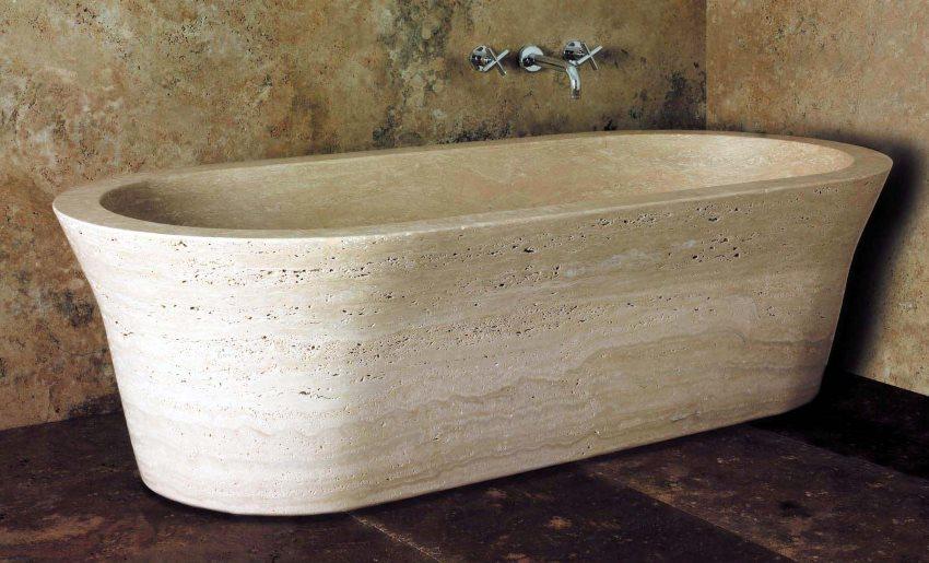 Прямая ванна из природного камня для интерьера в стиле минимализма
