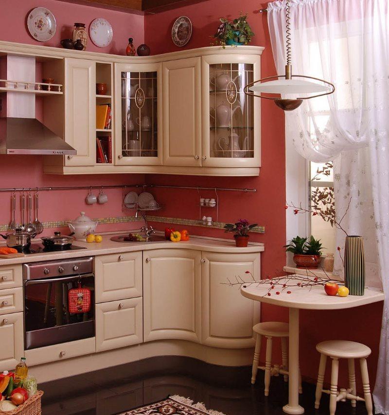 Компактная кухня в стиле классики