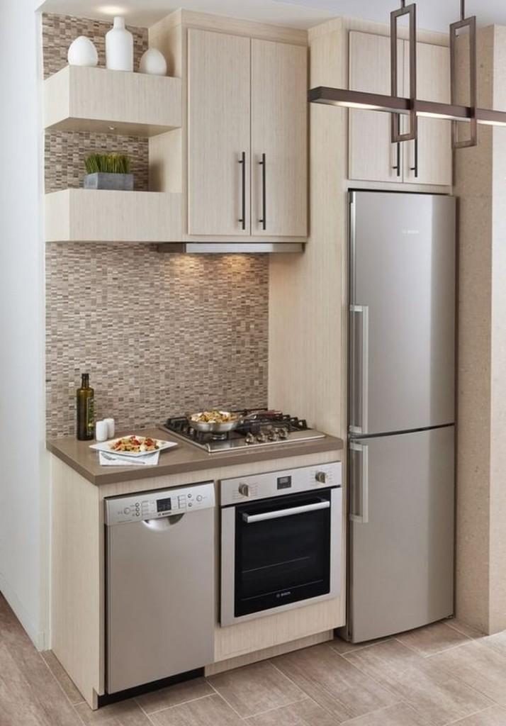 Линейная мини-кухня с двухкамерным холодильником