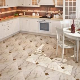 напольная плитка для кухни и коридора декор идеи