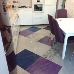 напольная плитка для кухни и коридора дизайн фото
