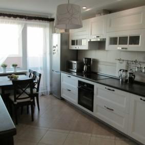 напольная плитка для кухни и коридора фото дизайн