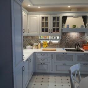 напольная плитка для кухни и коридора идеи фото
