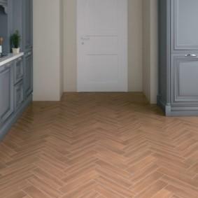напольная плитка для кухни и коридора идеи интереьр