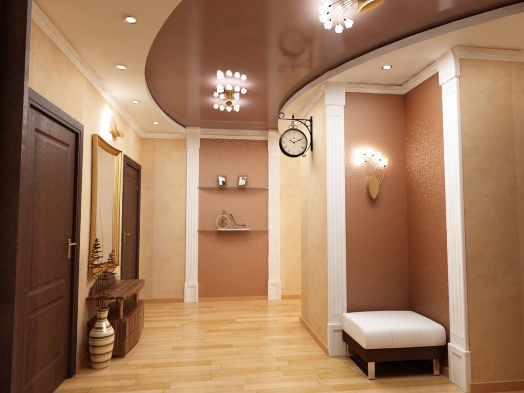 Коричневый натяжной потолок в просторном коридоре