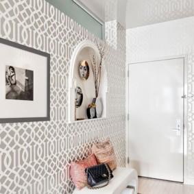натяжной потолок в коридоре оформление фото