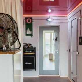 натяжной потолок в коридоре варианты идеи