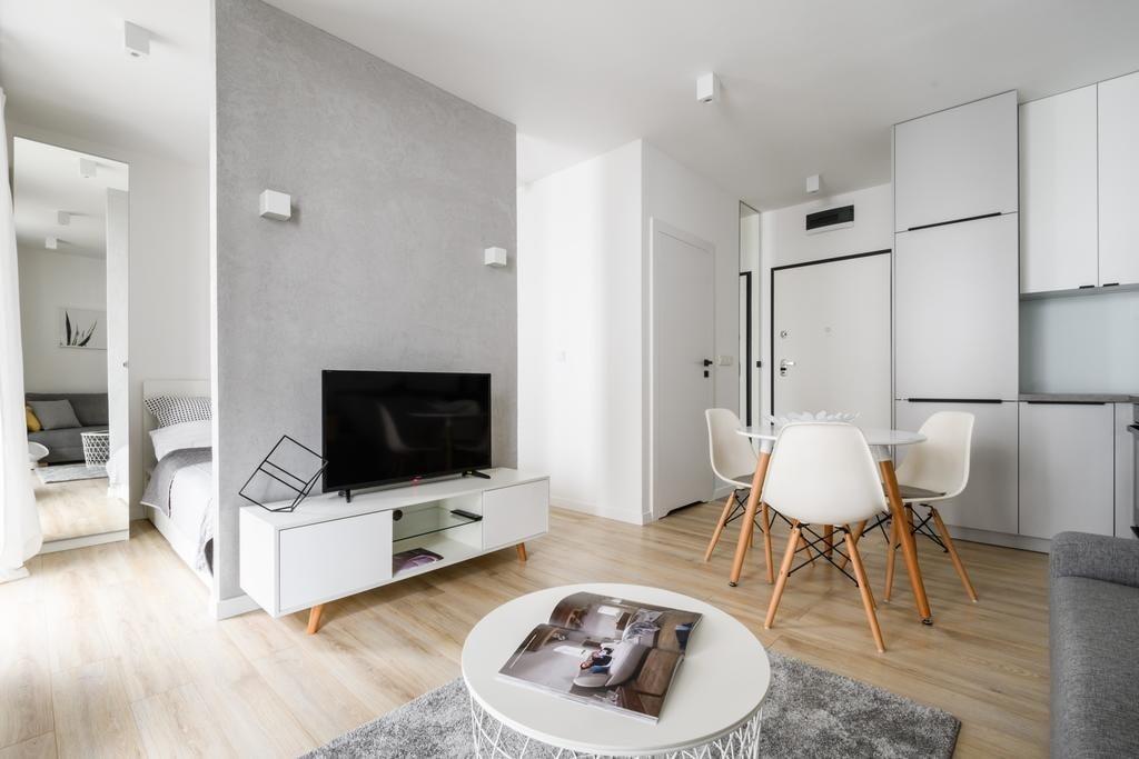 Обеденная зона в квартире студии 20 квадратов