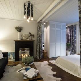 однокомнатная квартира с кроватью и диваном фото интерьер